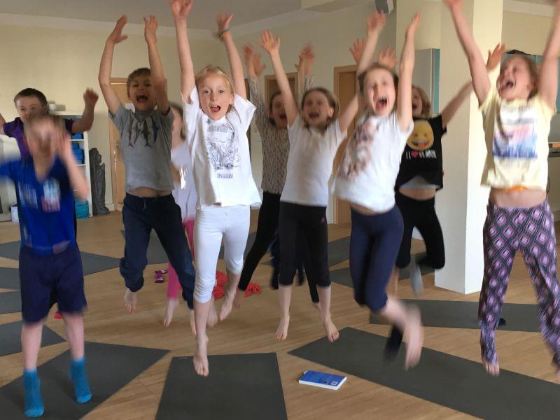 Yoga für Kinder und Jugendliche - YOGA-Schule Helene Reiff